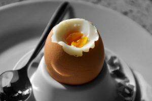 Ecco cosa succede se mangi due uova al giorno. Il risultato è sorprendente