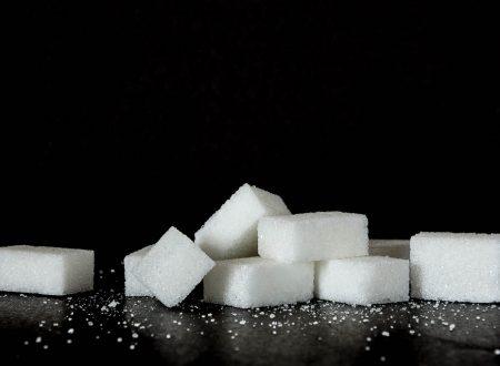 Eccesso di zuccheri nel sangue: ecco 10 campanelli d'allarme