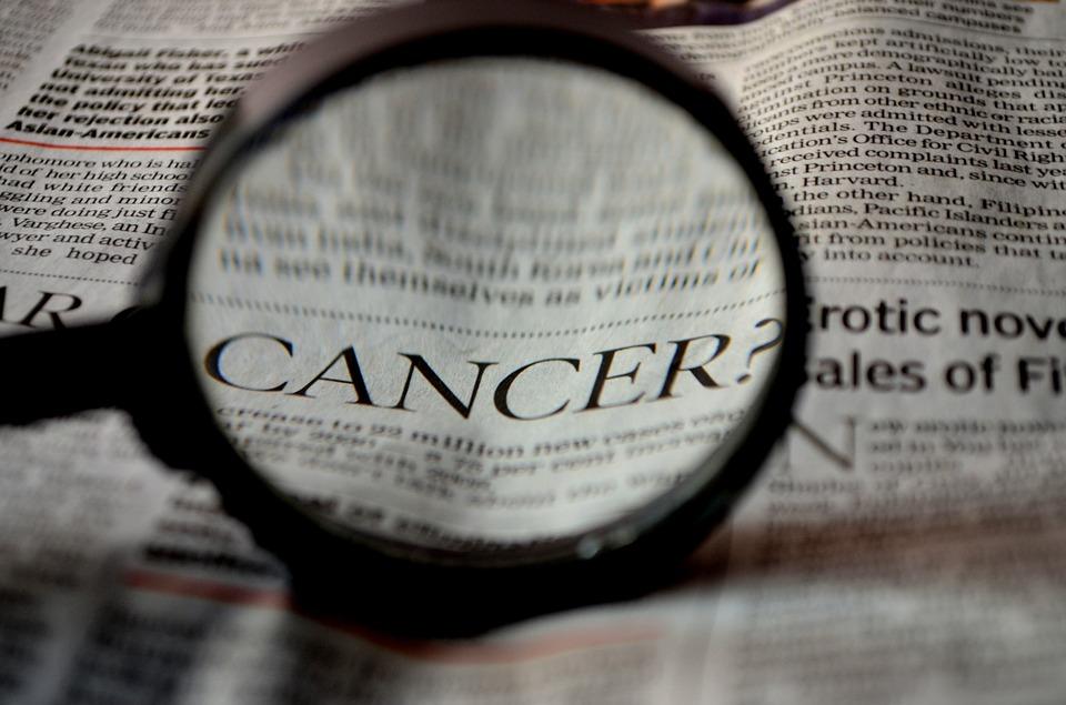 alimenti aumentano la probabilità di avere il cancro